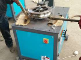 不锈钢管加工设备:手动弯管机