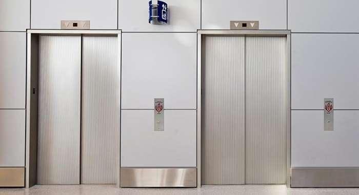 不锈钢电梯门套的价格一般是多少