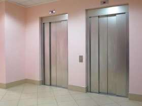 安装不锈钢电梯门套多少钱一套
