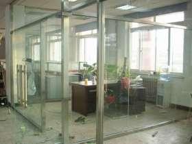 不锈钢玻璃隔断的分类和安装注意事项