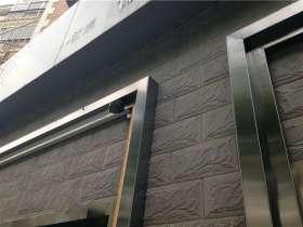 304不锈钢材质的黑镜钢门套怎么安装
