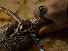 权力的游戏中瓦雷利亚钢到底是什么钢?